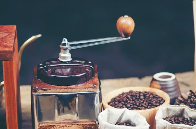 Café filtre au café, image de filtre vintage Photo Premium