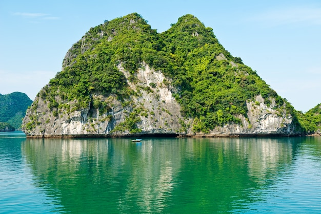 Calcaire Halong Bay Landscape Photo gratuit