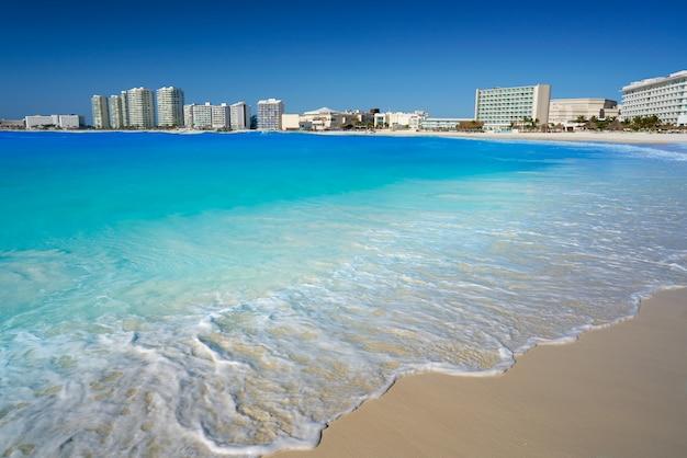 Cancun forum plage playa gaviota azul Photo Premium