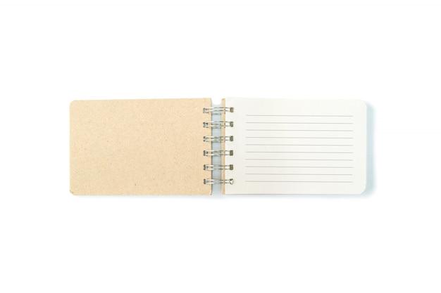 Carnet de notes brun closeup avec ligne isolé sur fond blanc Photo Premium