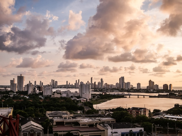 Cartagena colombie nuages ​​de nuages Photo Premium