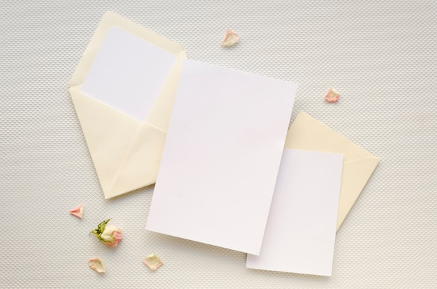 Carte D'invitation De Mariage Minimaliste Photo gratuit