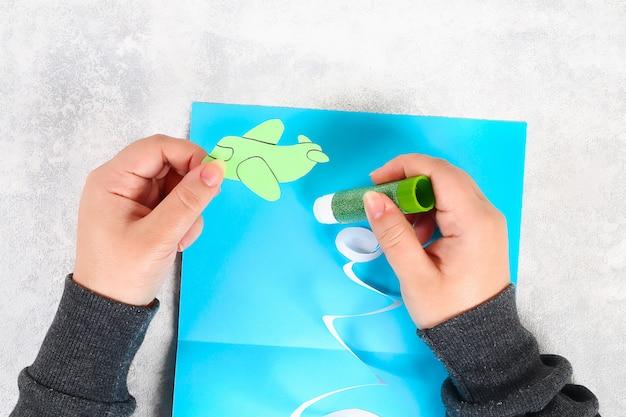 Carte de voeux bricolage le 23 février Photo Premium