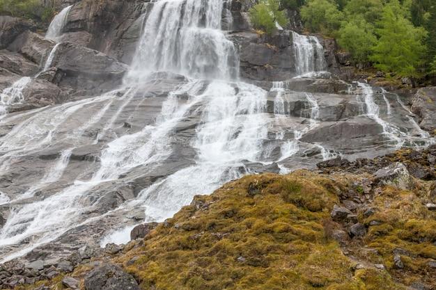 Cascade En Norvège Photo gratuit
