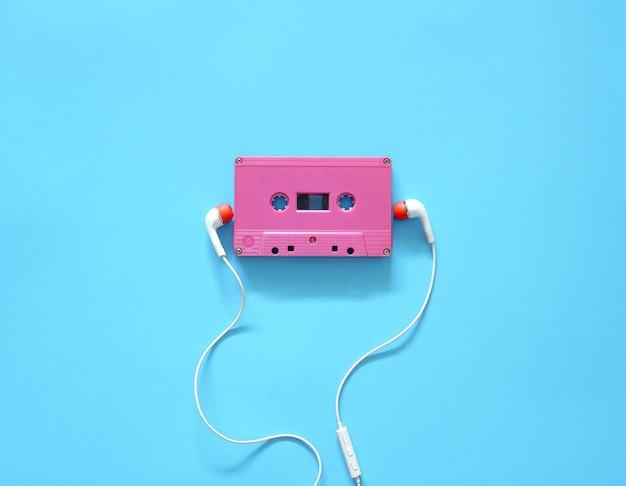 Cassette audio et écouteurs Photo Premium