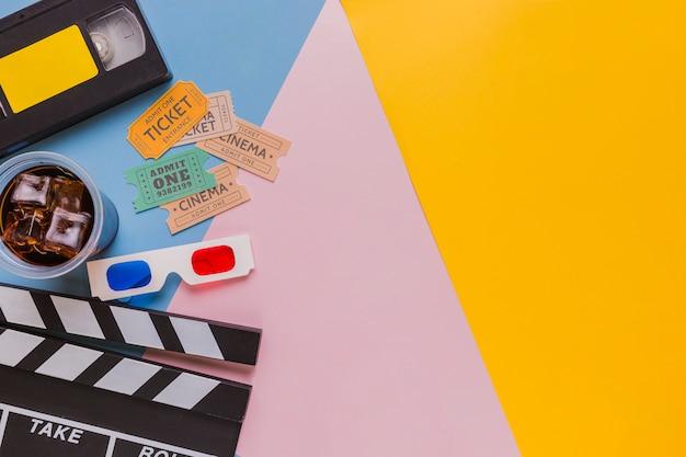 Cassette Vidéo Avec Clap Et Billets De Cinéma Photo gratuit