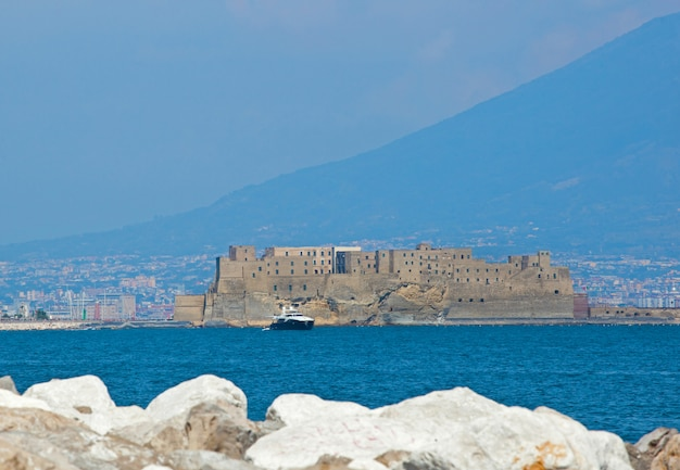 Castel dell'ovo de naples Photo Premium