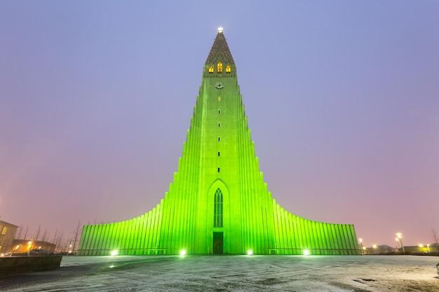 Cathédrale hallgrimskirkja reykjavik islande Photo Premium