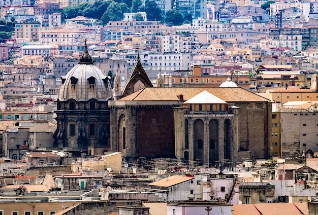 Cathédrale de san gennaro à naples. Photo Premium