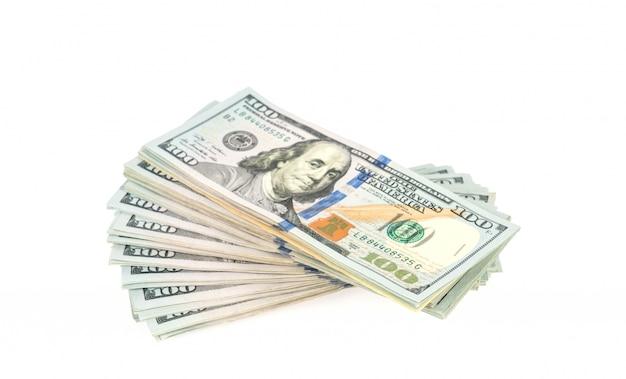 Cent dollars billets sur fond blanc Photo gratuit