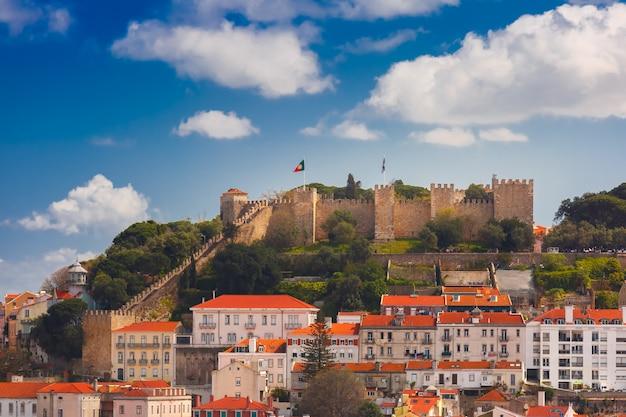 Centre Historique De Lisbonne Par Une Journée Ensoleillée, Portugal Photo Premium