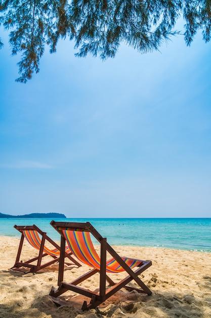 Chaise sur la plage Photo gratuit