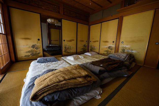 Chambre de style japonais traditionnel (ryokan ...