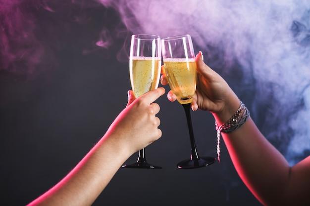 Champagne et fête Photo gratuit