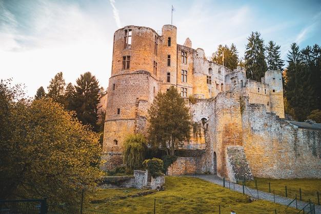 Château de beaufort au luxembourg Photo Premium