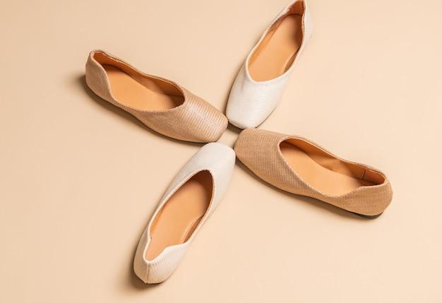 Chaussures plates femme et femme Photo Premium