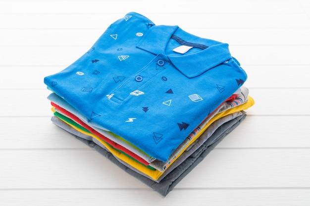 Chemise et vêtements Photo gratuit