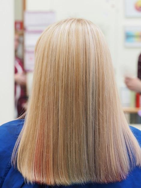 Cheveux Multicolores. Coloration Colorée Des Cheveux. Photo Premium
