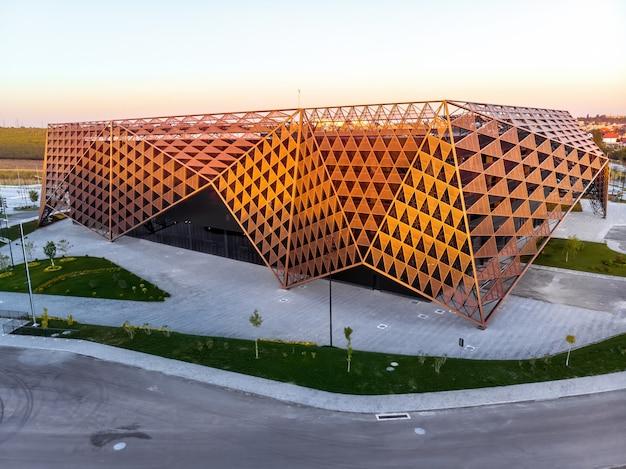 Chisinau Arena Pendant Le Coucher Du Soleil En Moldavie Photo gratuit