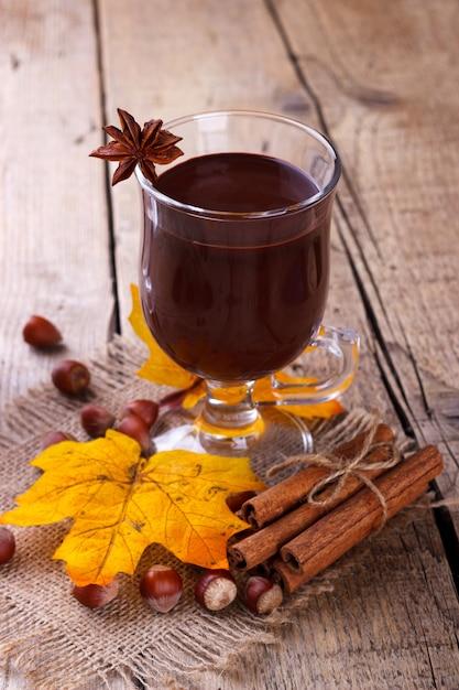 Chocolat chaud aux noisettes Photo Premium