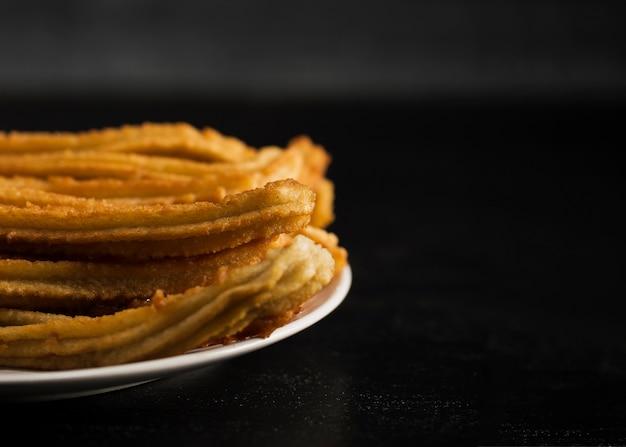Churros Frits Avec Du Sucre Et De L'espace De Copie Photo gratuit