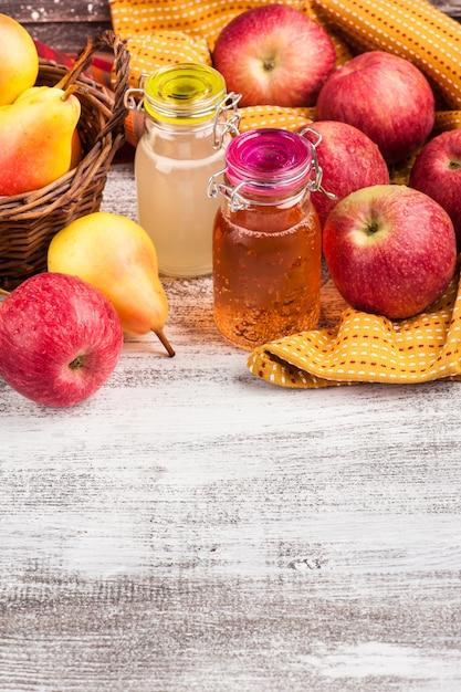 Cidre de pomme et poire maison Photo Premium