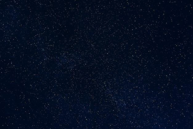Ciel étoilé de nuit noire avec des étoiles Photo Premium