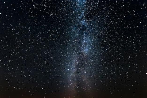 Ciel étoilé, voie lactée, nuit Photo Premium