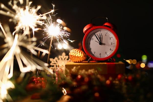 Cierge Magique De Célébration Du Nouvel An à Minuit Photo Premium