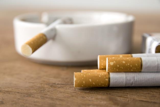 Cigarettes Photo Premium