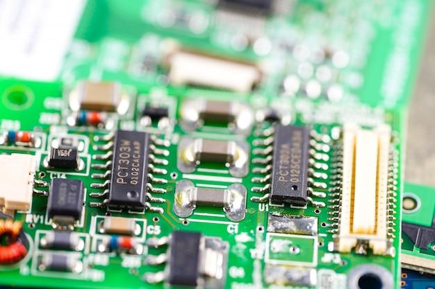 Circuit électronique cpu circuit principal dispositif électronique Photo Premium