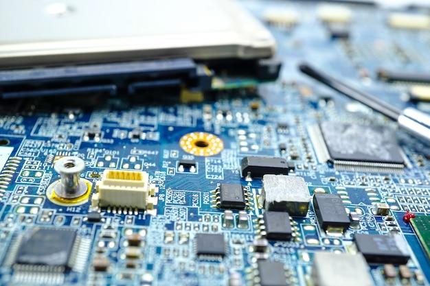 Circuit électronique cpu puce carte mère dispositif de base du processeur processeur électronique. Photo Premium