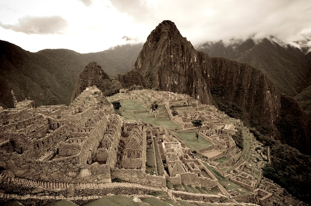 La cité perdue des incas, machu picchu, région de cuzco, pérou Photo Premium