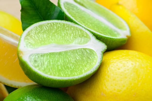 Citrons et limes Photo Premium