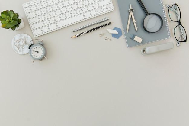 Clavier Vue De Dessus Avec Espace De Copie Sur La Table Photo Premium