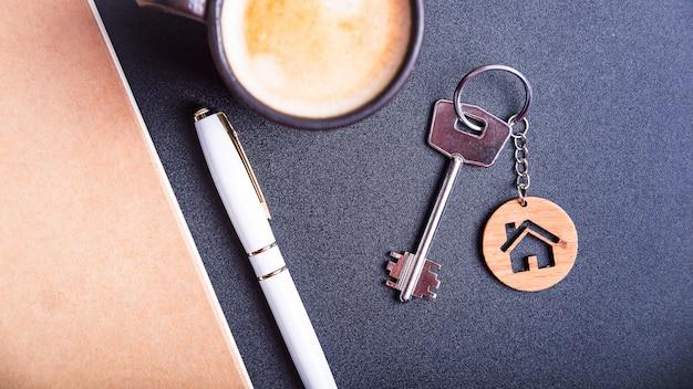Les clés du nouvel appartement Photo Premium