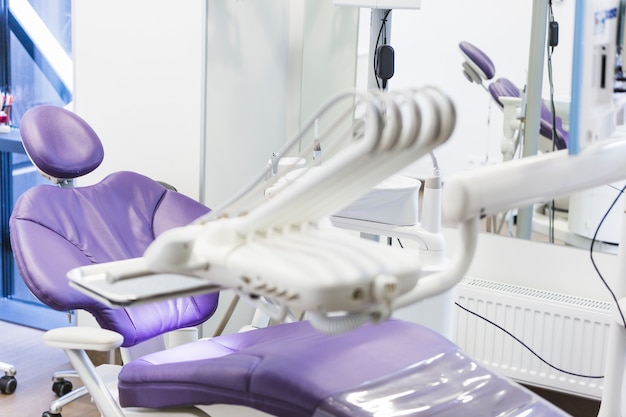 Clinique De Dentiste Avec équipements Médicaux Photo gratuit