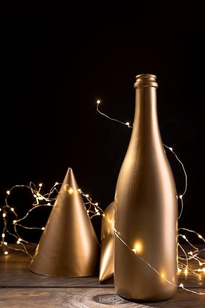 Close-up Bouteille De Champagne Anniversaire Photo gratuit