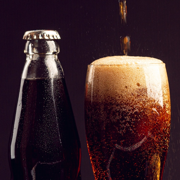 Close-up Drink Dans Un Verre Photo gratuit
