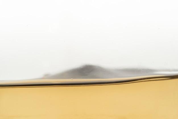 Close-up vin blanc liquide Photo gratuit