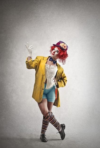 Clown féminin heureux Photo Premium