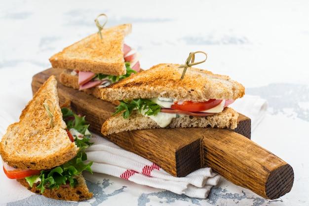 Club Sandwichs Faits Maison Photo Premium