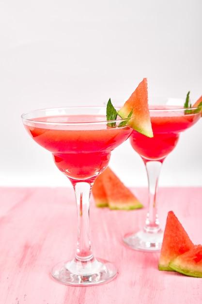 Cocktail margarita pastèque. Photo Premium