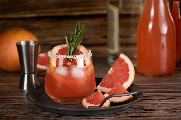 Cocktail De Paloma Rose Frais Photo Premium