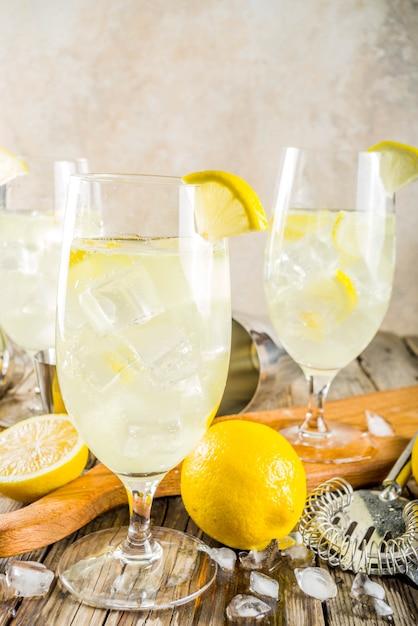 Cocktail saint germain french spritz Photo Premium