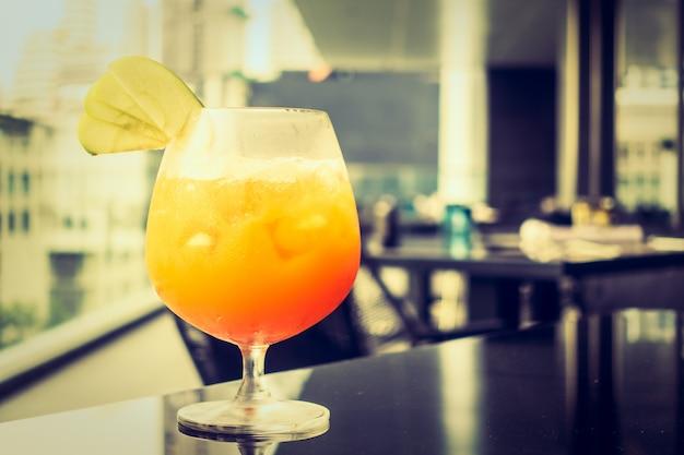 Cocktails sans alcool glacés Photo gratuit