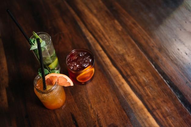 Des cocktails Photo gratuit
