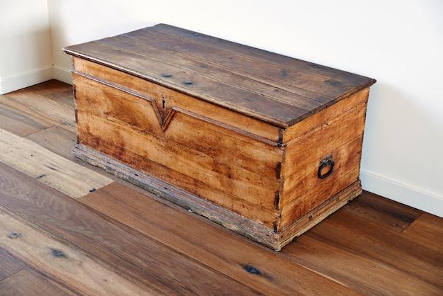 Coffre en bois vintage Photo Premium