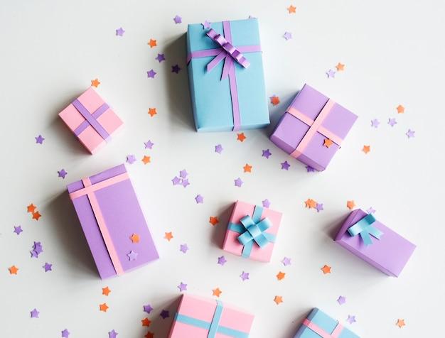 Coffrets cadeaux en différentes couleurs Photo Premium