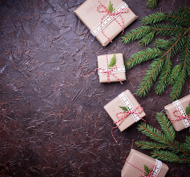 Coffrets-cadeaux de noël en papier kraft Photo Premium